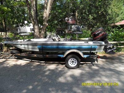 17' Fish and Ski Boat with trailer