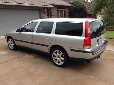 Volvo : V70 AWD Wagon 4-Door 2002 2.4 t awd 5 door volvo station wagon one owner garage kept non smoker