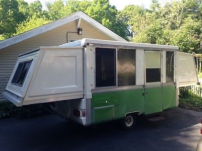 1977 Apache Ranger Pop up Camper with enclosed screen room *excellent condition*