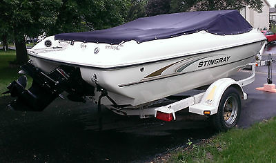 Stingray 180LX!! 145 hours, single owner,mercury engine, seats 7 *PRICED TO SELL
