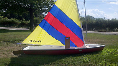 Super Snark 2 Person 11ft Sail Boat LIKE NEW CONDITION (sailboat)