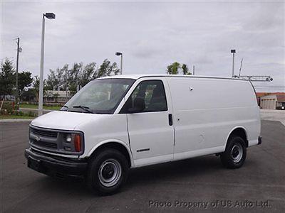 Chevrolet : Express 2500 2002 chevrolet express 2500 cargo van 5.7 l v 8 van automatic gasoline 5.7 l 8 cyl