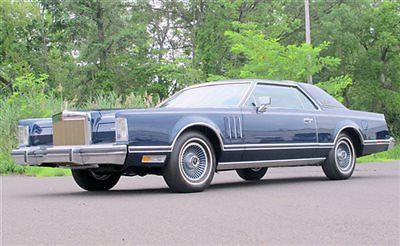 Lincoln : Continental Collector Series Collector Series 480 LOW MILES  stunning condition