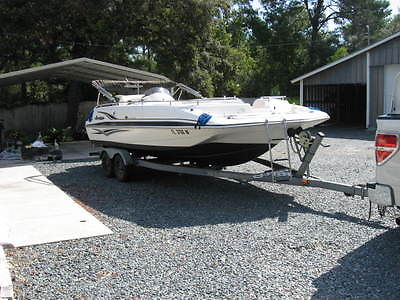 2006 Hurricane Deck Boat GS201