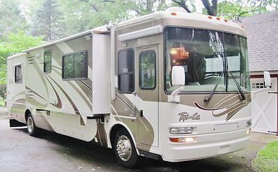 2004 National Tropical 396 RV: 3 Slides, 39', 350 HP Diesel, 7.5kW Gen, Sat Dish