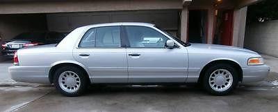 Ford : Crown Victoria LX all original silver color good condition, 4 door..