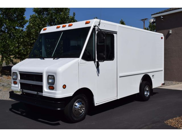 Ford : E-Series Van E-350 step v 2004 utilimaster step van a c 12 ft only 53 987 miles