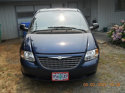 Chrysler : Other LX 2003 chrysler voyager lx mini passenger van 4 door 2.4 l 7 passenger