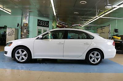 Volkswagen : Passat SE Sedan 4-Door 2013 volkswagen passat se touchscreen bluetooth heated seats factory warranty