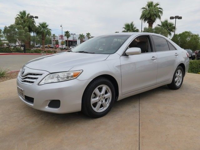 Toyota : Camry LE LE 2.5L-CLEAN CARFAX-LEATHER UPHOLSTERY-HEATED FRONT SEATS