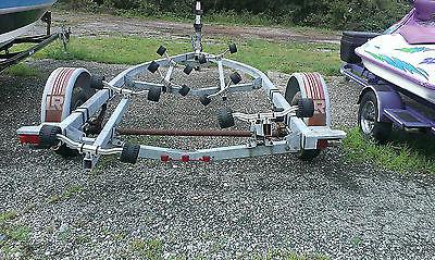 Boat Trailer! Roller, 20 Ft, New tires! Load Rite!