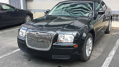Chrysler : 300 Series LX Very Clean with low millage 2008 Chrisler 300