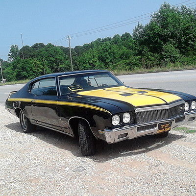 Buick : Skylark Black and yellow gs72