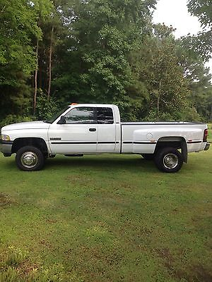 Dodge : Ram 3500 Base Extended Cab Pickup 4-Door 1999 dodge diesel 3500 extended cab 4 x 4 white excellent condition