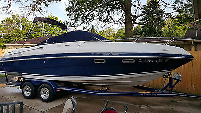 2003 Four Winns 245 Sundowner 26 foot powerboat Fresh Water