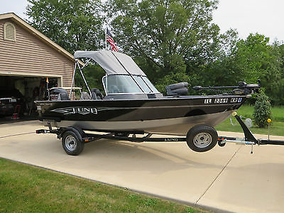 2014 Lund 1650 Rebel XL Sport Fishing Boat & Trailer (LIKE NEW - 10 Engine Hrs)