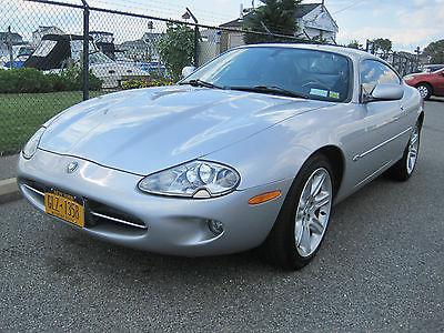 Jaguar : XK8 Base Coupe 2-Door 2000 jaguar xk 8 coupe all factory options with navigation