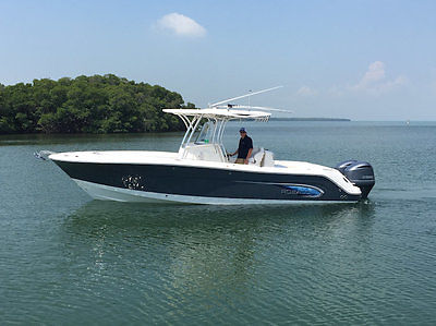 LIKE-NEW 2014 Robalo R300 59HRs, JL, GARMIN 8212, Outriggers