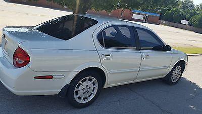 Nissan : Maxima SE 2000 used 3 l v 6 24 v automatic fwd sedan premium