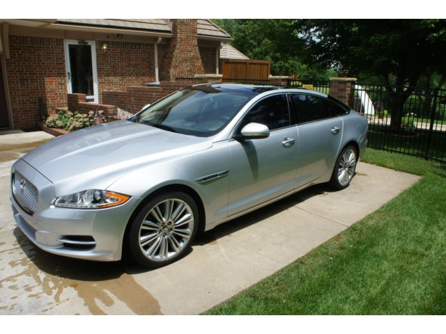 Jaguar : XJ 4dr Sdn XJL Low miles, remaining warranty, like new condition