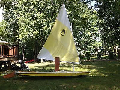 Alcort Mini Fish Sailboat