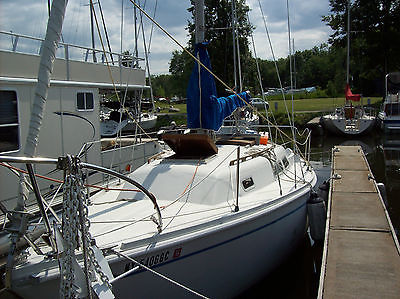 1974 Ericson 27 Sailboat with inboard atomic 4 gas engine, sails, cockpit wheel,