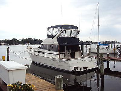 Bayliner 3870 Explorer Flybridge Motor Yacht Boat Hino Diesels  2 Staterooms