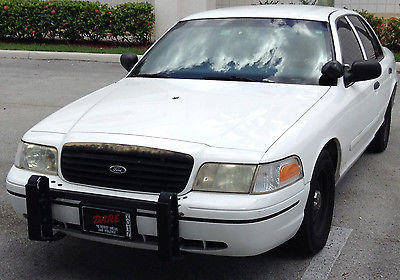 Ford : Crown Victoria 2000 ford crown victoria police