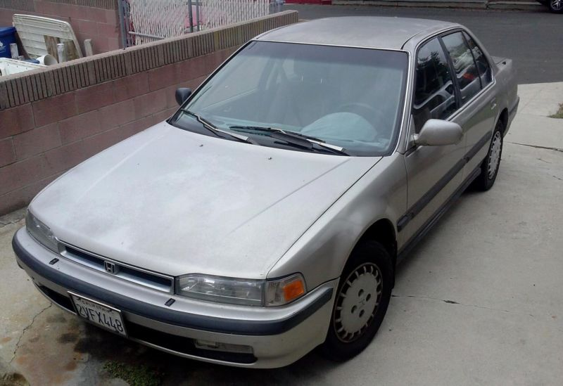Honda Accord 1990  4