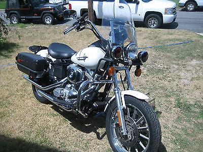 Harley-Davidson : Dyna Harley Davidson Dyna Defender Police Bike