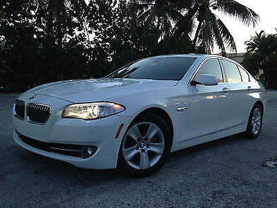 BMW : 5-Series 528I 2013 bmw 528 i white on black gps camera heated seats parktronic extra clean