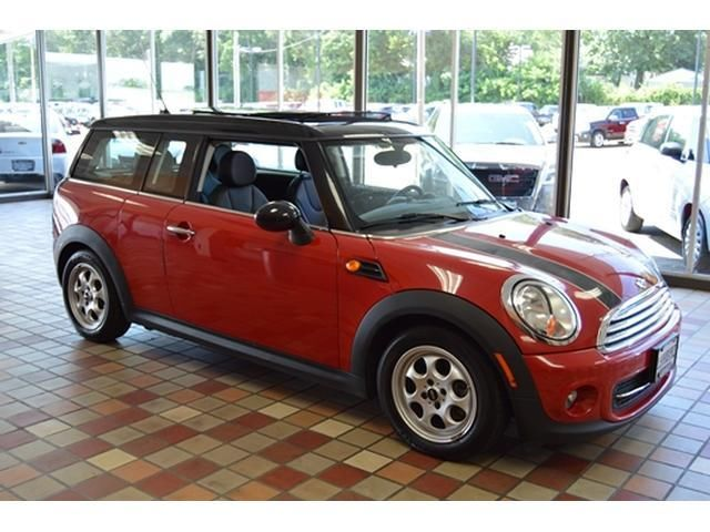 Mini : Clubman 2dr Clubman CLUBMAN RED AUTOMATIC LEATHER SUNROOF 1-OWNER CARFAX LIKE NEW LOW PRICE