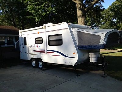 Exceptionally Clean 2008 Jayco Hybrid Travel Trailer