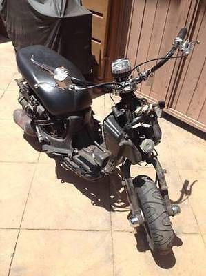 Aprilia : Mojito 150CC Aprilia Mojito 150CC 2004 Scooter ..For Parts or Restoration.