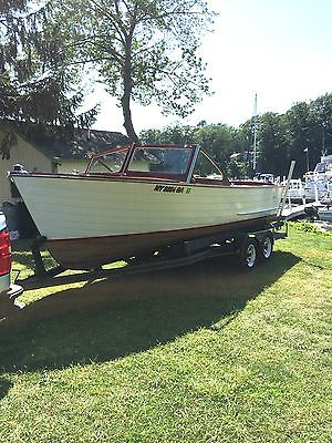 1961 LYMAN 20ft RUNABOUT