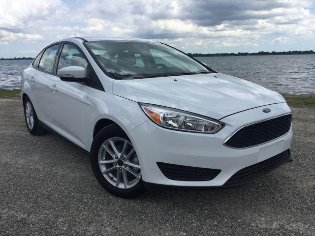 Ford : Focus SE Sedan 4-Door 2015 ford focus se reverse camera equip 200 a auto trans rebuilt flood title
