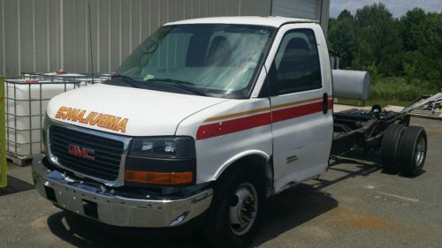 GMC : Savana 4500 2011 gmc savana g 4500 cutaway van duramax 17 079 miles ambulance chassis g 4500