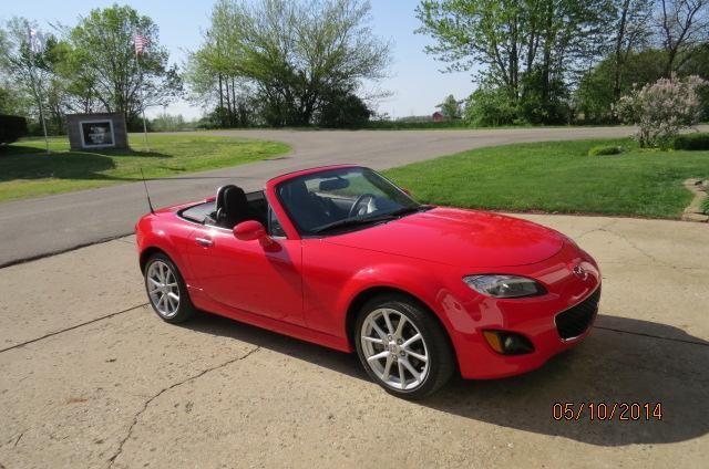 ***2010 Mazda Miata Roadster ****