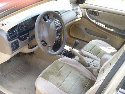 Nissan : Altima GXE Sedan 4-Door 1999 nissan altima gxe sedan 4 door 2.4 l