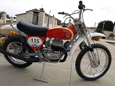 Bultaco : Pursang Pristine 1975 Bultaco Pursang 360