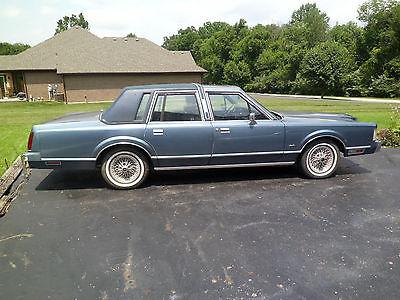 Lincoln : Town Car town car 1985 lincoln