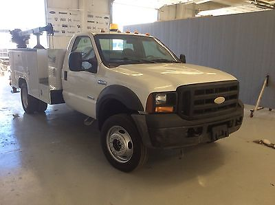 Ford : Other Pickups XLT Cab & Chassis 2-Door 2006 ford f 550 super duty xlt cab chassis 2 door 6.0 l