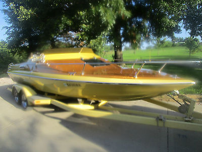 Classic 1979 Glastron Carlson 23 foot Jet Boat CV-23
