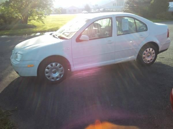 Vw Jetta UNDER 100k MI, Immaculate, 4 Cylinder Side Airbags ABS Power+