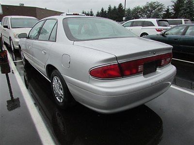 Buick : Century 4dr Sedan Custom 4 dr sedan custom low miles automatic gasoline 3.1 l v 6 cyl silver