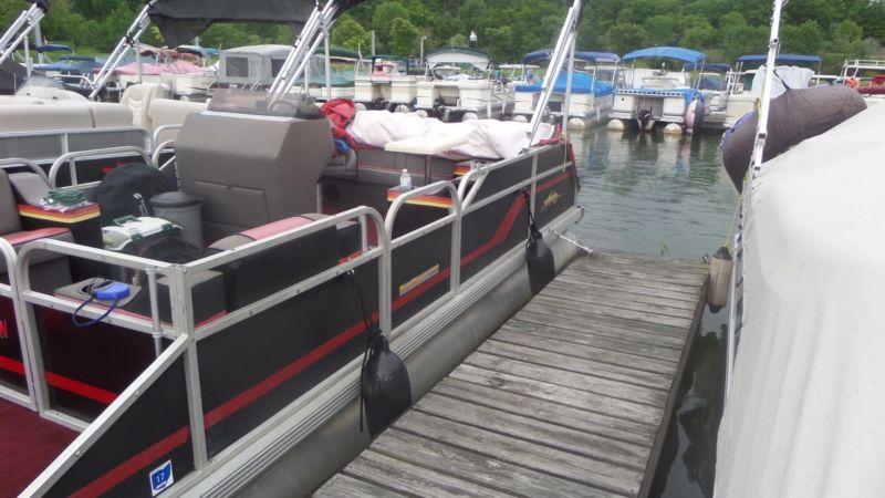 1989 Astro Sport Pontoon Boat