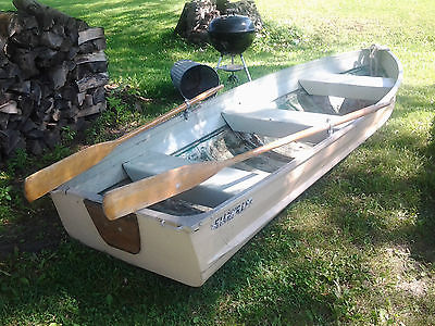 Starcraft 12' Row Boat w/ oars & anchor * Fishing - Duck Hunting Rowboat