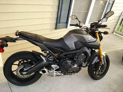 Yamaha : FZ 2015 yamaha fz 09 fz 09 matte grey just had bike 60 days mint condition