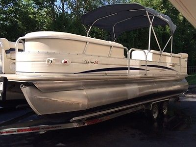 2005 Sun Tracker 27' Party Barge Regency Pontoon,  runs & looks new