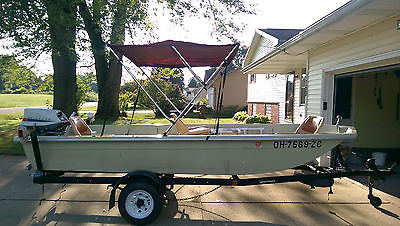1978 14 foot Sears Gamefisher Tri-hull Fiberglass Boat